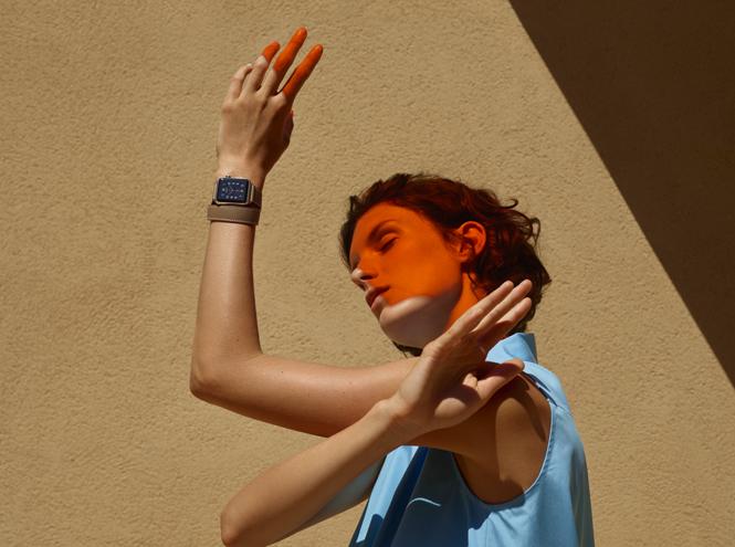 Фото №1 - Apple Watch Series 2 в обрамлении Hermès
