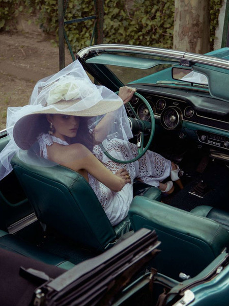Женщина и авто
