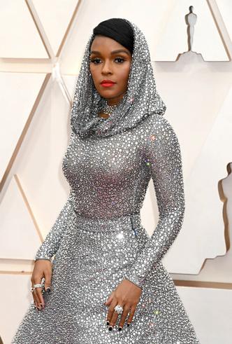 Фото №16 - Драгоценный «Оскар-2020»: самые впечатляющие украшения премии