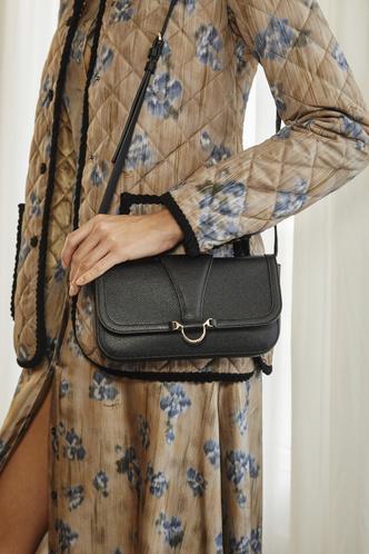 Фото №26 - Самые модные сумки осени и зимы 2021/22
