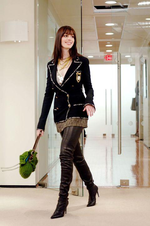 Фото №1 - Энн Хэтэуэй рассказала, что получила роль в «Дьявол носит Prada» с девятой попытки