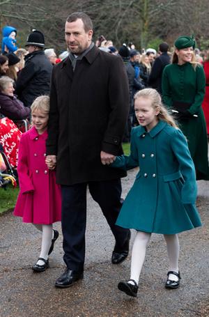 Фото №2 - Кто действительно повеселился на королевской рождественской службе