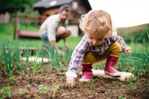 Фото №2 - «Я в дворники пойду»: что делать, если ребенок мечтает о непрестижной профессии