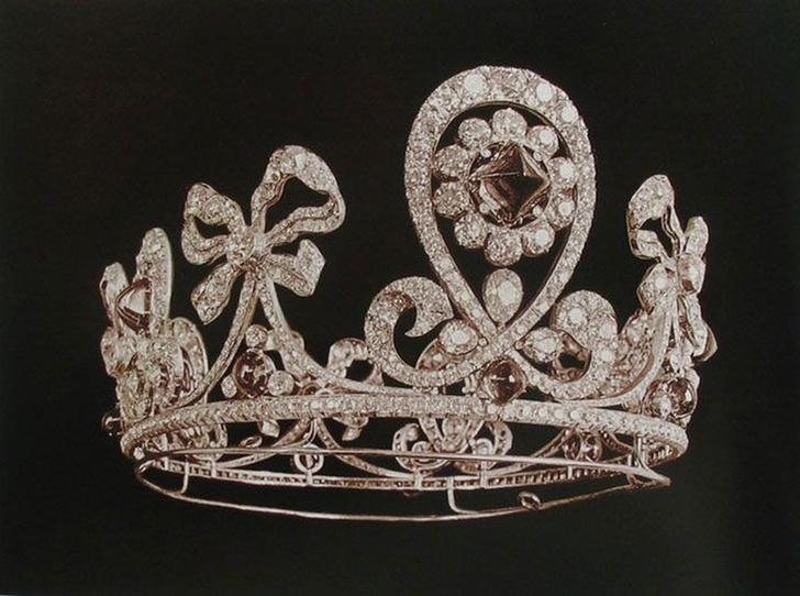 Фото №34 - Утраченные сокровища Империи: самые красивые тиары Романовых (и где они сейчас)