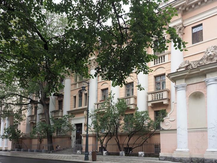 Фото №1 - В Москве продается квартира генерала Малинина, подаренная ему Сталиным