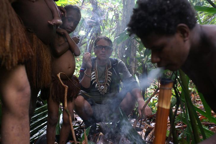 Фото №1 - Первый канал покажет уникальные кадры жизни диких племен Папуа — Новой Гвинеи