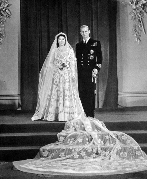 <p>Свадьба Елизаветы и Филиппа состоялась 20 ноября 1947 года</p>