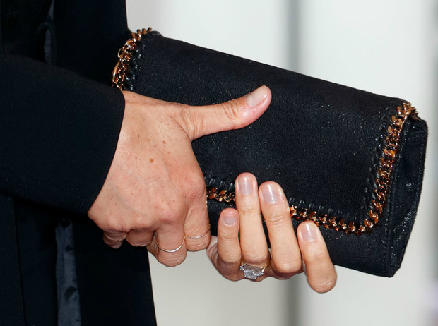 Фото №2 - Как пальцы Меган связаны с датой рождения ее первенца