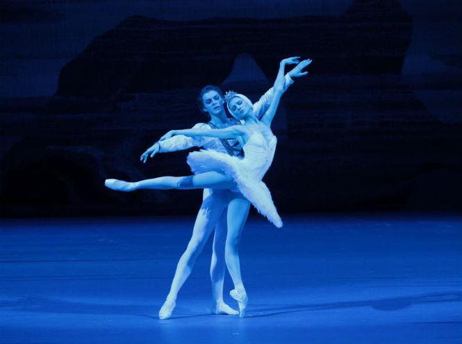Фото №1 - TheatreHD представляет: Лебединое озеро