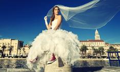 Хороша и с квартирой: почему москвичкам трудно найти мужа