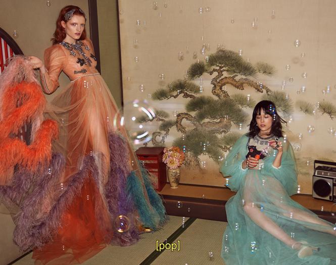 Фото №6 - Японское приключение Петры Коллинс и Ко: новая кампания Gucci