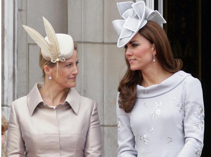 Фото №3 - Новый уровень: как Кейт и Софи изменили лицо современной монархии