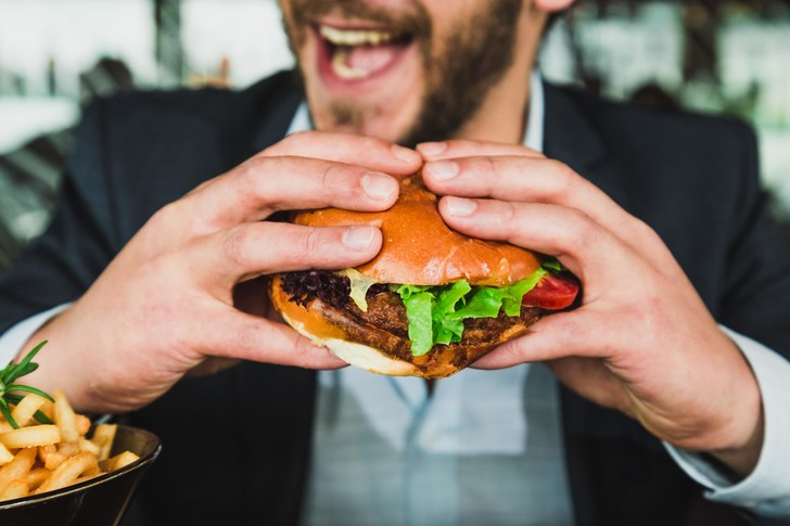 Какие продукты подавляют «дикий жор»