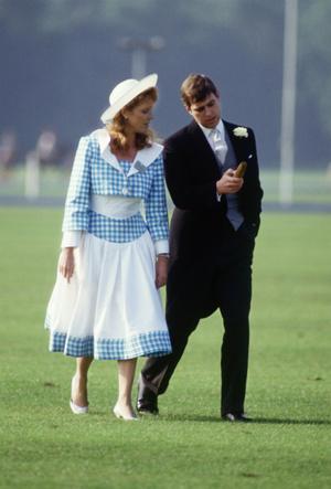 Фото №5 - Роковая неловкость: какой была первая встреча принца Эндрю и Сары Фергюсон