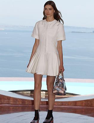 Фото №5 - Показ Christian Dior Cruise 2016