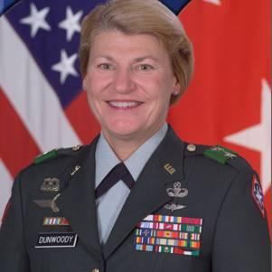 Фото №1 - Она стала генералом