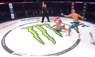 Боец MMA победил почти мгновенно и установил новый рекорд (видео)