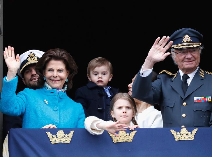 Фото №2 - Юная принцесса Эстель затмила короля Швеции