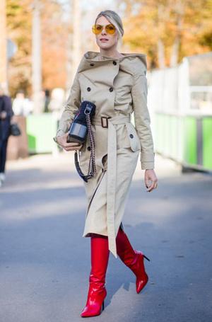 Фото №8 - От алого до бордо: как носить красный цвет повседневно