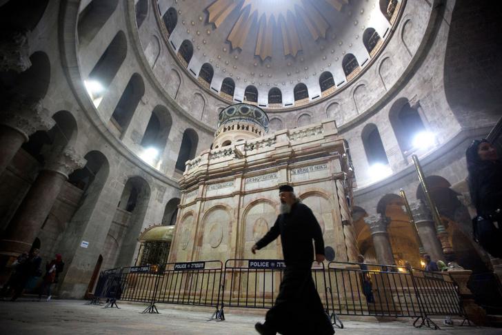 Фото №1 - Могилу Христа открывают после реставрации