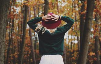 Фото №68 - Стильный лук: красивые девушки в шляпках
