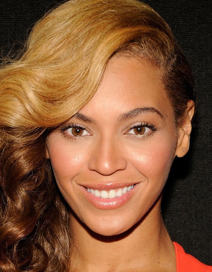Фото №5 - Как выглядели бы знаменитости, если бы их лица были абсолютно симметричными (фото и видео)