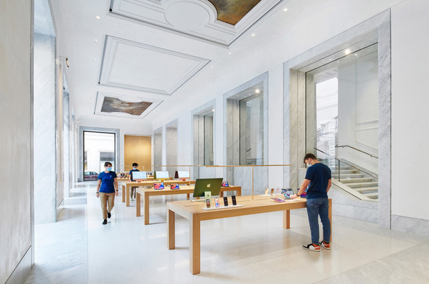Фото №3 - Новый бутик Apple в Риме по проекту Foster + Partners