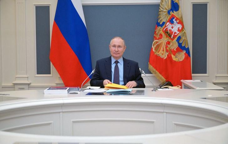 Фото №1 - Владимир Путин поздравил «Вокруг света» и его читателей с юбилеем