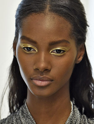 Фото №3 - Индивидуальный подход: макияж показа Dior Haute Couture AW'16-17