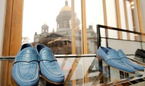 Фото №1 - Депутаты хотят запретить опасные кеды, балетки и туфли