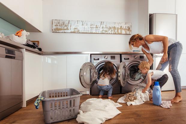 Фото №2 - 5 причин не ставить стиральную машину в ванной комнате
