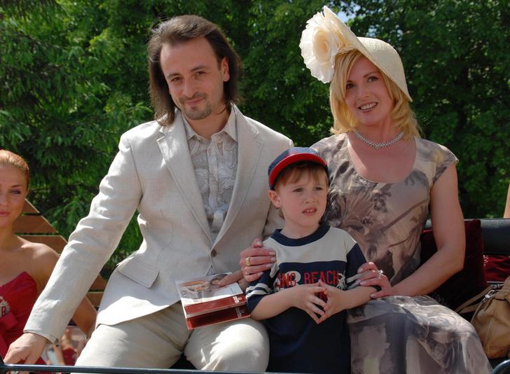 Фото №1 - «Думаю, наш сын не очень этому рад»: экс-жена Авербуха прокомментировала его роман с Арзамасовой