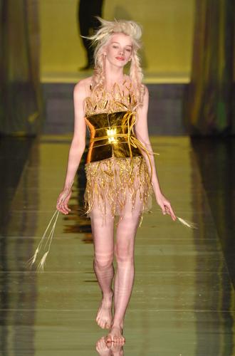 Фото №36 - 7 ключевых женских образов Недели haute couture SS17