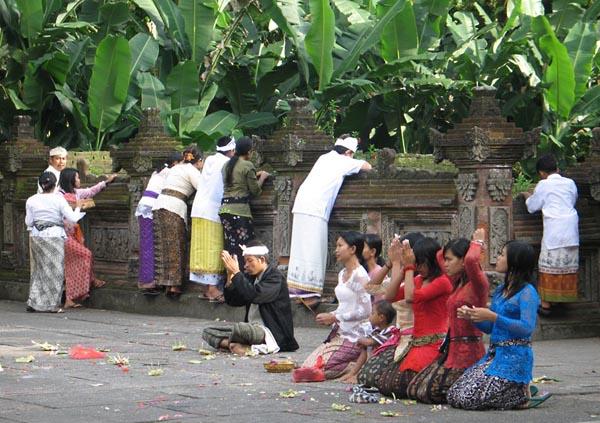 Фото №3 - Религия священных вод острова Бали