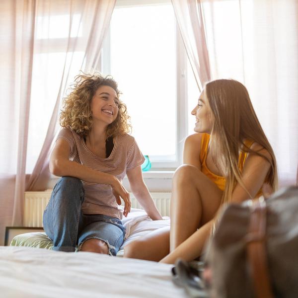 Фото №1 - Соседское соглашение, или как выжить с подругой на съемной квартире