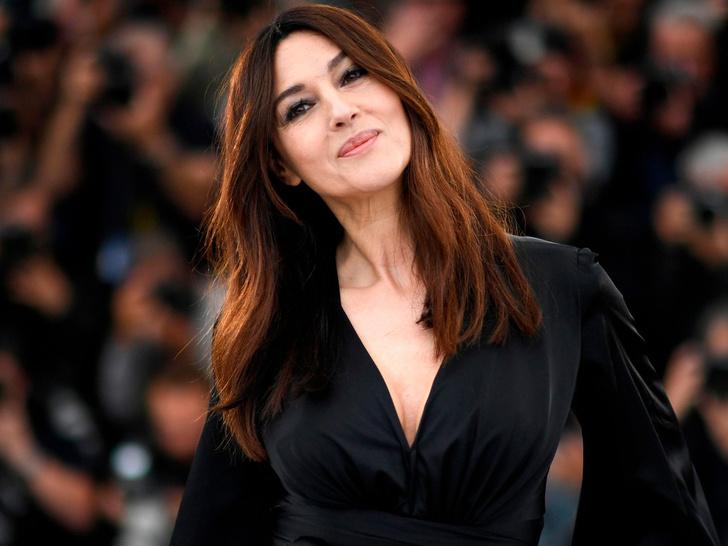Фото №10 - Идеальная форма: звезды с самой красивой грудью