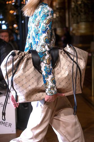 Фото №19 - Самые модные сумки сезона весна-лето 2019