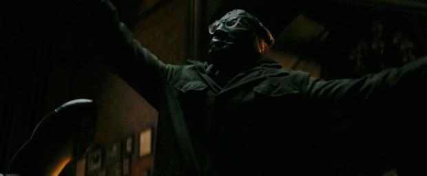 Фото №1 - Новый трейлер «Бэтмена» с Робертом Паттинсоном: 10 деталей, которые ты могла упустить
