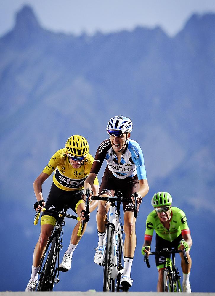 Фото №10 - Среди «горных королей»: репортаж с велогонки «Тур де Франс»
