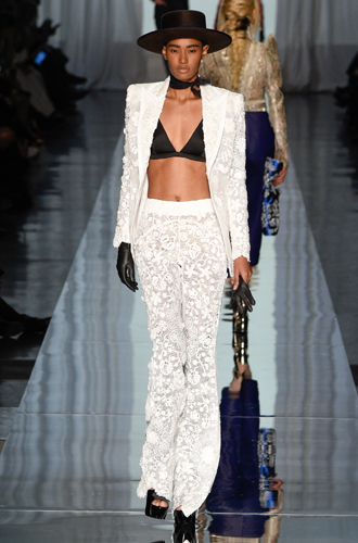 Фото №37 - 7 ключевых женских образов Недели haute couture SS17