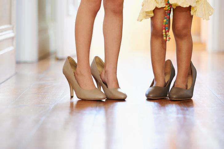 В какой обуви ребенку лучше ходить дома