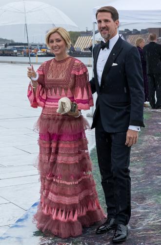 Фото №30 - Забавы королевского двора: самые интересные моменты юбилея Харальда и Сони