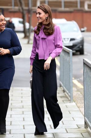 Фото №14 - Все оттенки сирени: как королевские особы носят фиолетовый цвет