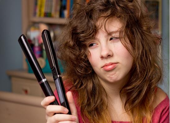 Фото №1 - Советы, как выбрать утюжок для волос