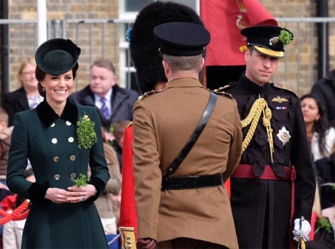 Фото №7 - Не дождетесь: герцогиня Кембриджская в отличном настроении