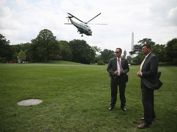 Фото №6 - Смена власти: как в Белом доме прощаются с уходящим президентом и встречают нового