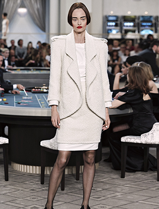 Фото №26 - Неделя Высокой моды в Париже: Chanel FW2015/16