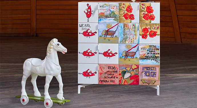 Творческая революция: Дарья Василькова совместно с детьми, больными СМА, выпустила коллекцию комодов