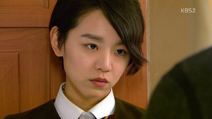 Фото №3 - Pretty Unnie: Самые интересные подробности о шикарной «Королеве Чорин» Щин Хе Сон 👸🏻