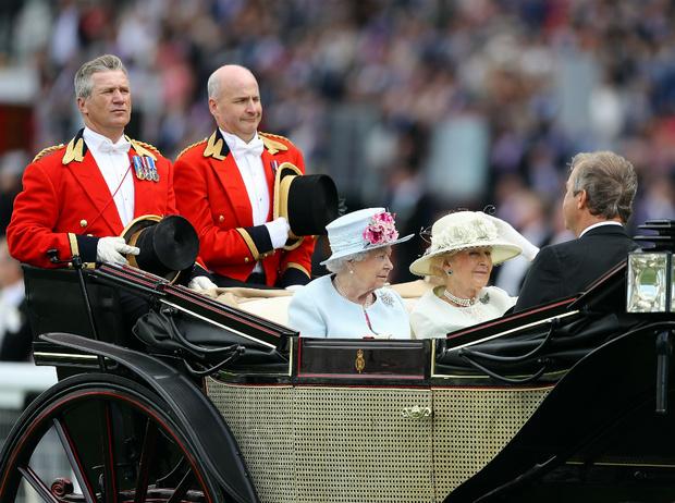 Фото №2 - Почему кузина Королевы называла Чарльза «ужасным ребенком»